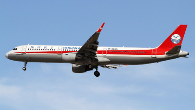 B-8605 - Airbus A321-211 - Sichuan Airlines