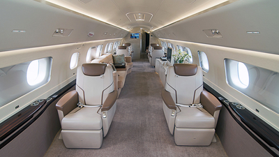 N981EE - Embraer 190 Lineage 1000 - Embraer
