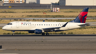 A picture of N278SY - Embraer E175LR - Delta Air Lines - © David Lee