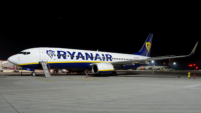 A picture of SPRKD - Boeing 7378AS - Ryanair - © Marcin G. Dabrowski