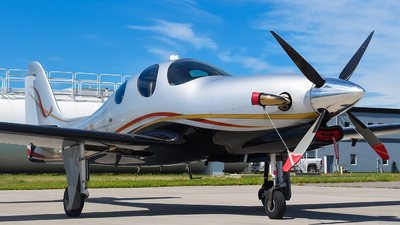 C-FODD - Lancair Evolution - Private