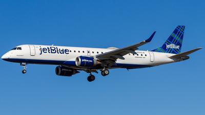 A picture of N292JB - Embraer E190AR - JetBlue Airways - © Elliott F Martin