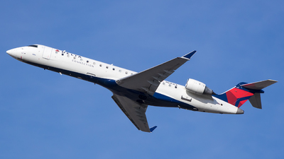 A picture of N641CA - Mitsubishi CRJ701ER - Delta Air Lines - © Stephen J Stein