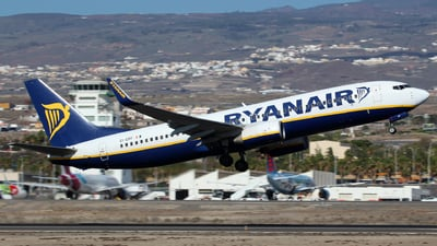 A picture of EIEPF - Boeing 7378AS - Ryanair - © J.M.Carballo