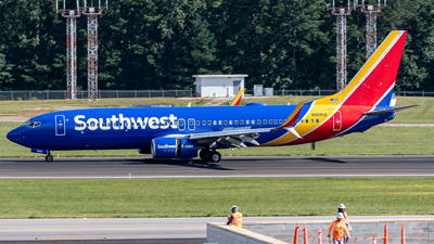 N8685B - Boeing 737-8H4 - Southwest Airlines