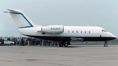 N4424P - Canadair CL-600-1A11 Challenger 600 - Private