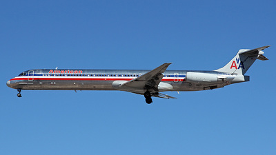 N437AA - McDonnell Douglas MD-83 - American Airlines