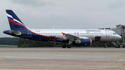 VP-BKX - Airbus A320-214 - Aeroflot
