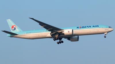 A picture of HL7202 - Boeing 7773B5(ER) - Korean Air - © Twilight