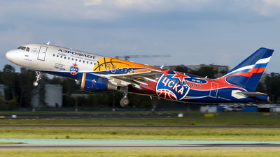 A picture of VQBEJ - Airbus A320214 - Aeroflot - © Grzesiek Krupa