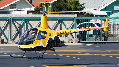 A picture of N44UH - Robinson R22 Beta II - [4677] - © Lukas Hollnsteiner