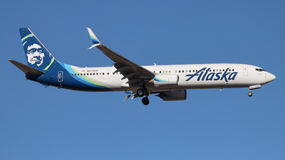 A picture of N474AS - Boeing 737990(ER) - Alaska Airlines - © Ethan Peters