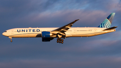 A picture of N2749U - Boeing 777300(ER) - United Airlines - © Anthony D. Sileno