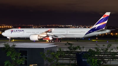 A picture of PTMUH - Boeing 77732W(ER) - LATAM Airlines - © Delta Fox