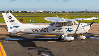 A picture of VHVMY - Cessna 172S Skyhawk SP - [172S10991] - © Eric Esots