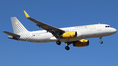 A picture of ECMOG - Airbus A320232 - Vueling - © n94504