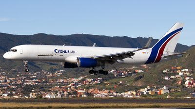 A picture of ECNFN - Boeing 757223(PCF) - Cygnus Air - © calco7