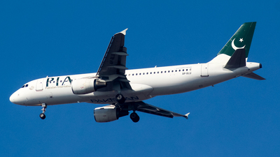 AP-BLU - Airbus A320-232 - Pakistan International Airlines (PIA)