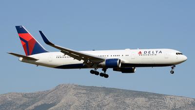 N154DL - Boeing 767-3P6(ER) - Delta Air Lines