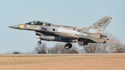 3002 - Lockheed Martin F-16F Desert Falcon - United Arab Emirates - Air Force