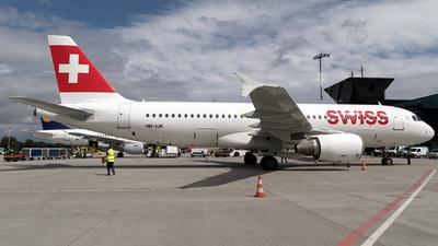 A picture of HBIJK - Airbus A320214 - Swiss - © Łukasz Stawiarz