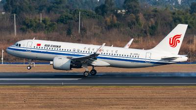 A picture of B305J - Airbus A320271N - Air China - © SunnyZUUU
