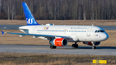 A picture of OYKBT - Airbus A319131 - SAS - © Alexander Lebedev