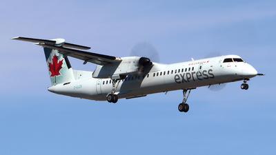 A picture of CGJZA - De Havilland Canada Dash 8400 - Air Canada - © Guy Langlois