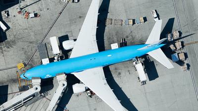 PH-BQP - Boeing 777-206(ER) - KLM Royal Dutch Airlines