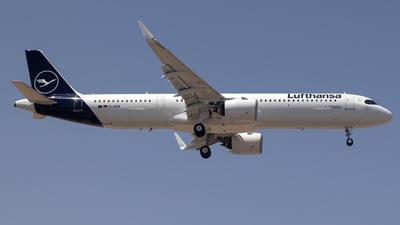 A picture of DAIEK - Airbus A321271NX - Lufthansa - © Pedro Lopez Batista.