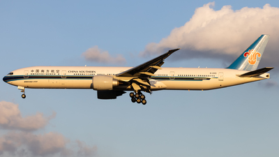 A picture of B20CK - Boeing 777300(ER) - China Southern Airlines - © Pu Chenyu