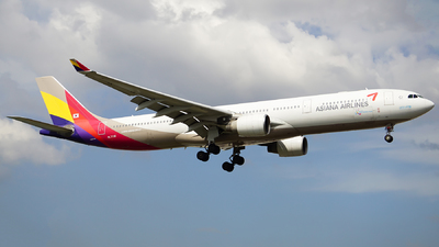 HL7736 - Airbus A330-323 - Asiana Airlines