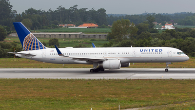 A picture of N14118 - Boeing 757224 - United Airlines - © Rui Marques