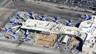 KLAX - Airport - Ramp