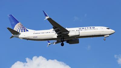 N12238 - Boeing 737-824 - United Airlines