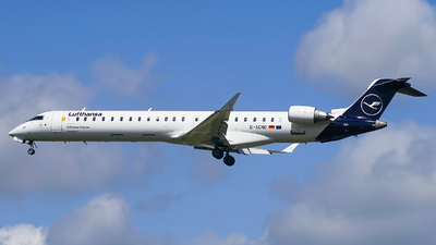A picture of DACNO - Mitsubishi CRJ900LR - Lufthansa - © Simon330lover