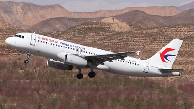 B-6372 - Airbus A320-232 - China Eastern Airlines