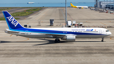 JA8368 - Boeing 767-381 - All Nippon Airways (ANA)
