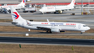 A picture of B1308 - Boeing 73789P - China Eastern Airlines - © Lazy Clutch