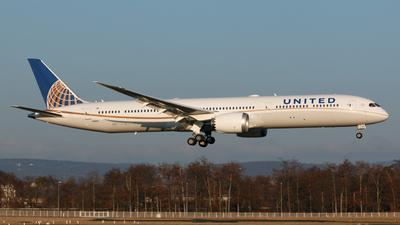 N14001 - Boeing 787-10 Dreamliner - United Airlines