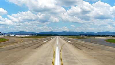 ZGGG - Airport - Runway