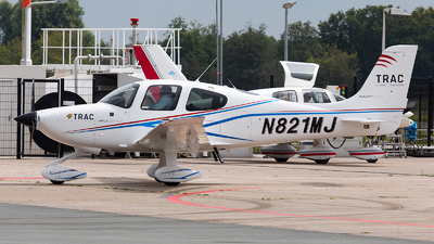 N821MJ - Cirrus SR20-G6 - Private