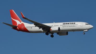 VH-VYK - Boeing 737-838 - Qantas