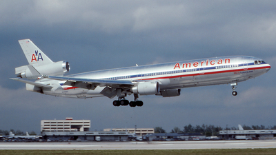 N1768D - McDonnell Douglas MD-11 - American Airlines