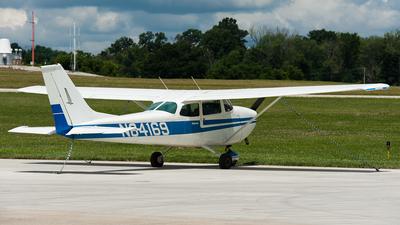A picture of N84169 - Cessna 172K Skyhawk - [17258363] - © SpotterPowwwiii