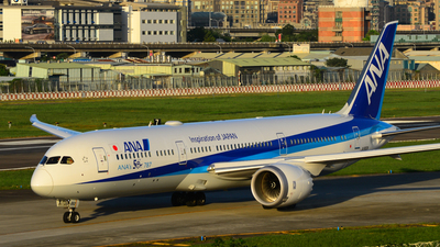 JA882A - Boeing 787-9 Dreamliner - All Nippon Airways (ANA)