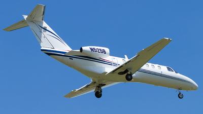 A picture of N525B - Cessna 525B CitationJet CJ3 - Delta Private Jets - © Tim Lowe
