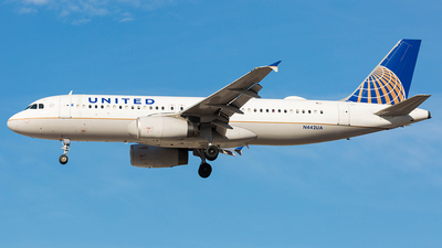 N442UA - Airbus A320-232 - United Airlines