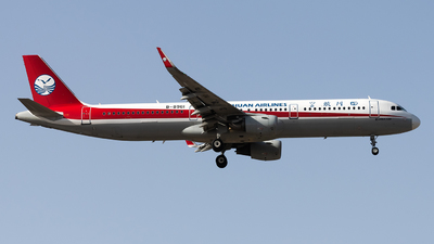 B-8961 - Airbus A321-211 - Sichuan Airlines