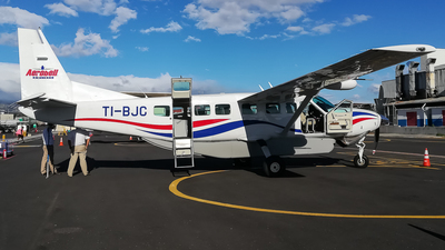 A picture of TIBJC - Cessna 208 Grand Caravan EX - Costa Rica Green Airways - © Michael Sanabria Rosales